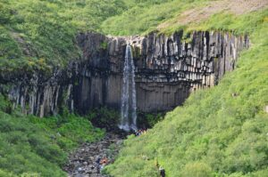 Dia 3 Cascada Svartifoss viajes a medida y viajes de novios