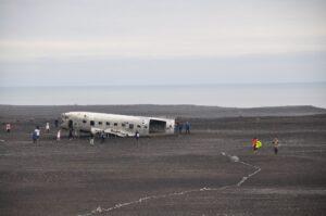 Dia 4. Avion abandonado