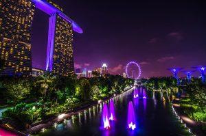 Singapore Marina Bay Sands at night viajes a medida y viajes de novios